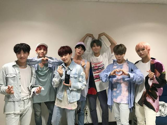 まるで家族♡兄弟・姉妹の様に仲の良い5組の韓国アイドルメンバー達 ...